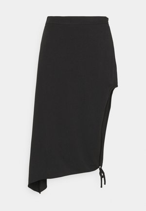 DRAPED HIGH SLIT MIDI SKIRT - Pennkjol - black