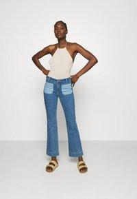 Wrangler - Flared jeans - light blue denim - 1