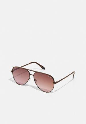 HIGH KEY - Sunglasses - bronz