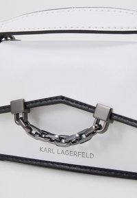 KARL LAGERFELD - SEVEN NANO - Across body bag - white/black - 3