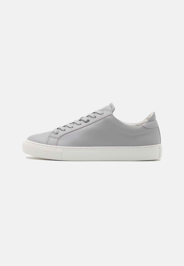 TYPE VEGAN - Tenisky - light grey