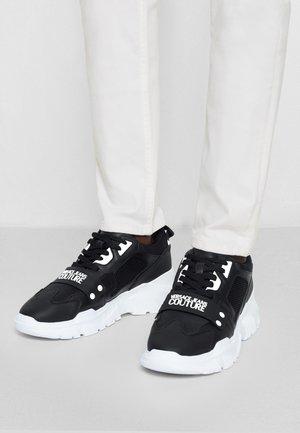 SPEEDTRACK - Sneakersy niskie - nero