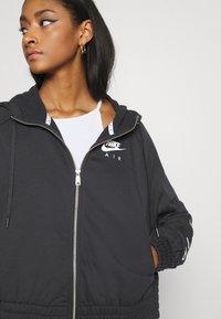 Nike Sportswear - Sudadera con cremallera - black/white - 6