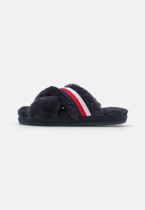 FURRY - Slippers - red/white/blue