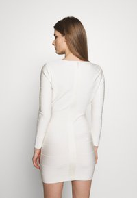 Hervé Léger - ICON LONG SLEEVE DRESS - Shift dress - alabaster - 2