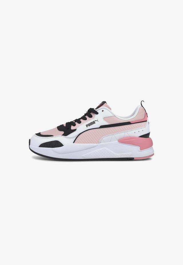 Sneakers basse - peachskin- wht-blk-sal rose