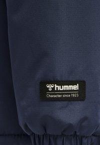 Hummel - HMLCOZY - Winter jacket - black iris - 3