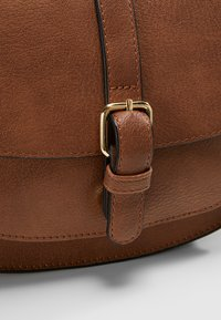 Anna Field - Across body bag - cognac - 6