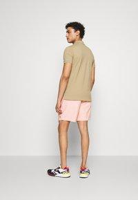 Polo Ralph Lauren - CLASSIC FIT PREPSTER - Shorts - peach - 2