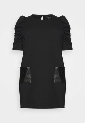 CURVE POCKET  - Sukienka z dżerseju - black
