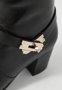 Steffen Schraut - MID LOCK - Classic ankle boots - black/gold - 6