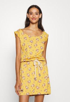 TAMY - Žerzejové šaty - yellow