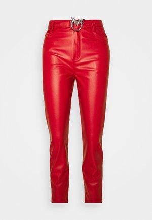 SUSAN - Pantalon classique - red