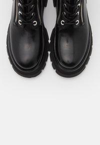 3.1 Phillip Lim - KATE LUG SOLE DOUBLE ZIP BOOT - Kotníkové boty na platformě - black - 4
