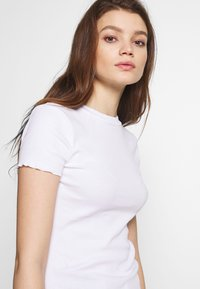 Even&Odd - Camiseta básica - white - 4