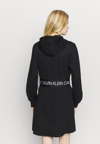 Calvin Klein Performance - DRESS - Robe en jersey - black - 2