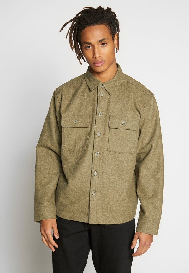 SKIPPER  - Košile - khaki melange