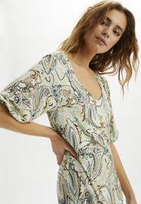 Cream - CRLULLA  - Maxi dress - desert sage paisley - 3