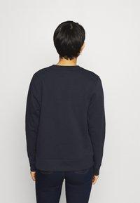 Tommy Hilfiger - REGULAR GRAPHIC - Sweatshirt - blue - 2