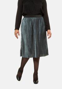 Ulla Popken - A-line skirt - helles petrolgrün - 0
