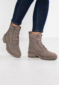 Timberland - COURMAYEUR VALLEY BOOT - Bottines à lacets - taupe grey - 0