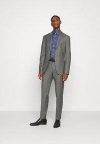Calvin Klein Tailored - STRUCTURE EASY CARE SLIM SHIRT - Formal shirt - blue - 1