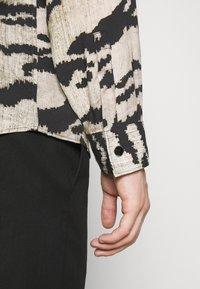 Just Cavalli - CAMICIA - Overhemd - grey - 4