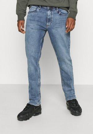TWISTER - Jeans slim fit - denim light blue