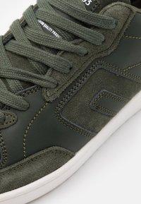 Blend - Sneakersy niskie - rosin - 5