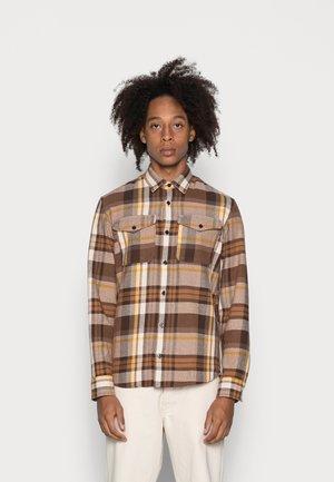 JPRBLUWOODLAND - Shirt - major brown