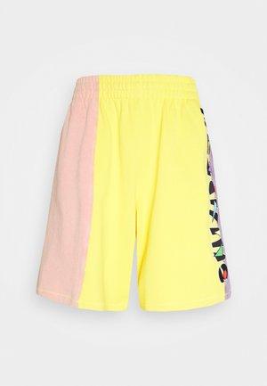 TROUSERS - Shorts - fantasy
