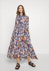 Monki - COLLINA DRESS - Skjortekjole - blue - 0