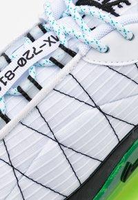 Nike Sportswear - MX-720-818 FRSH  - Trainers - white/black/ghost green/oracle aqua - 5