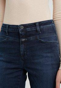 CLOSED - SKINNY PUSHER - Skinny džíny - dark blue - 4
