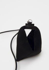 MM6 Maison Margiela - ORNAMENTAL ITEM - Handbag - black - 3