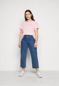 New Look Curves - BOYFRIEND TEE - T-shirt basique - mid pink - 1