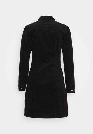 STRUCTURED SHIRT DRESS - Košilové šaty - black