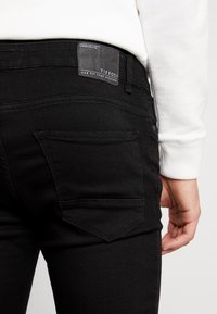 Tiffosi - HARRY - Jeans Skinny Fit - black denim