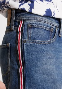 Jack & Jones - JJICHRIS JJORIGINAL - Shorts di jeans - blue denim - 4