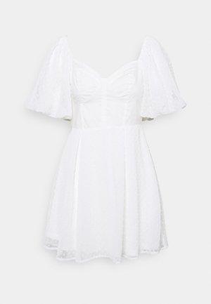 DOBBY AND POPLIN MILKMAID SKATER DRESS - Kjole - white