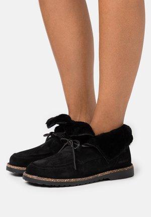 BAKKI - Kotníková obuv - black