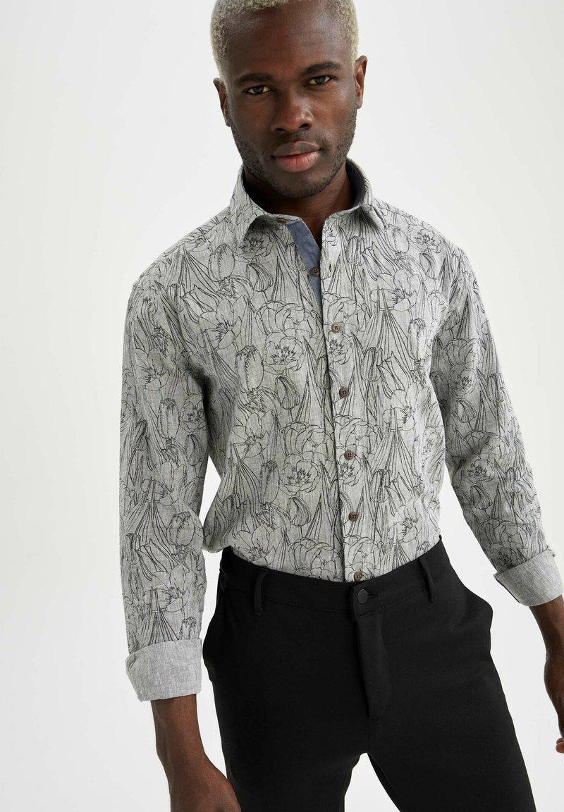 DeFacto - Overhemd - khaki