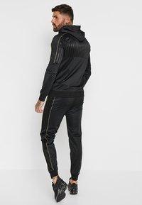 Golden Equation - LUDLOW - Pantalones deportivos - black - 2