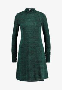 Wallis - SPACE DYE HIGH NECK SWING DRESS - Sukienka z dżerseju - green - 3