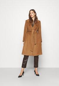 Lauren Ralph Lauren - LINED COAT - Classic coat - new vicuna - 1