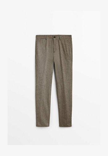 SLIM-FIT - Trousers - brown