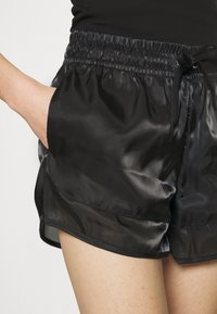 Nike Sportswear - AIR SHEEN - Shorts - black/white - 4