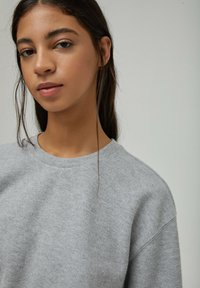 PULL&BEAR - Sweatshirt - grey