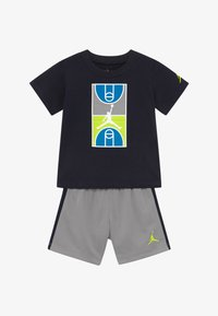 Jordan - COURT GRAPHIC TEE SET - Sports shorts - atmosphere grey - 3