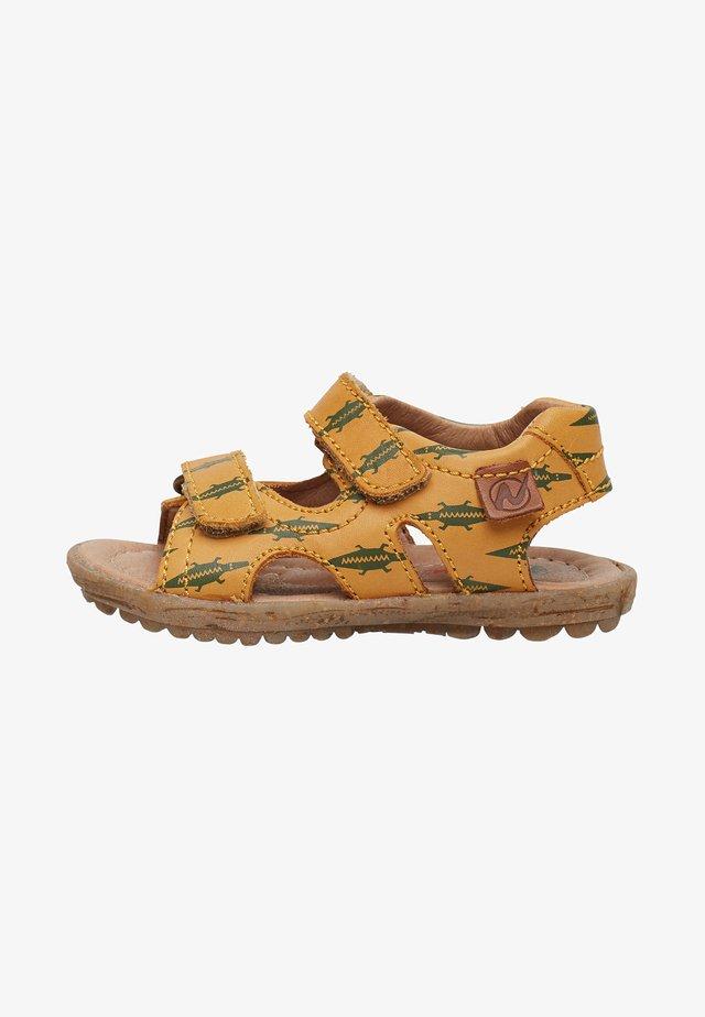 CON STAMPA COCCODRILLI - Walking sandals - beige